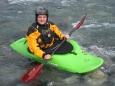 INTRO Mi chiamo Davide e tre anni fa mi è venuto voglia di provare ad andare in kayak, non mi è ancora chiaro cosa mi ha spinto.. nel 2009 faccioleggi tutto...